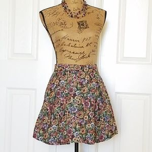 🆕️BCBGeneration floral brocade?👀 skirt NWT